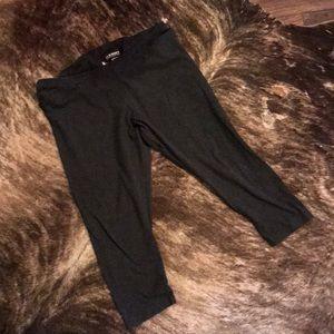 Women's Old Navy Dark Gray Capri Legging XL
